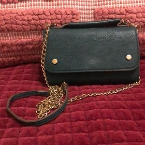 Handbags - Crossbody, green with gold detail and chain